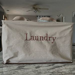 Laundry collapsible and carry bag
